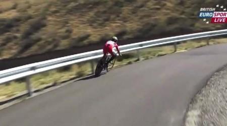 Quintana škaredo narazil do zvodidiel, novým lídrom Vuelty je Contador