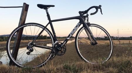 Test: Cestný bicykel Rock Machine ROAD RACING 1300 – šikovná žiletka za dobrú cenu