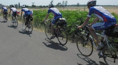 Bicyklami do Solúna