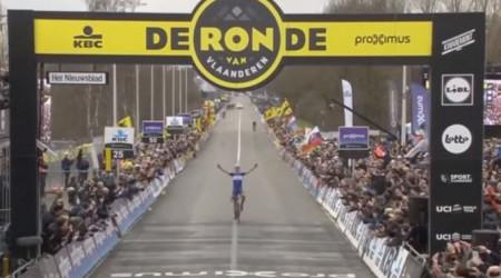 Video: To najlepšie z cestnej cyklistiky - pamätné víťazstvá a momenty