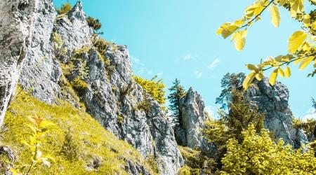 Tip na výlet:  Okruhom na Šíp vo Veľkej Fatre cez jaskyne, skalné vrchy adrevenice
