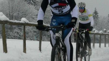Tomáš Jurkovič a Ľubomíra Kalinová majstrami Slovenska v zimnom triatlone
