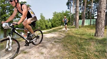 Varga pomohol triatlonistke, ktorá skolabovala na pretekoch
