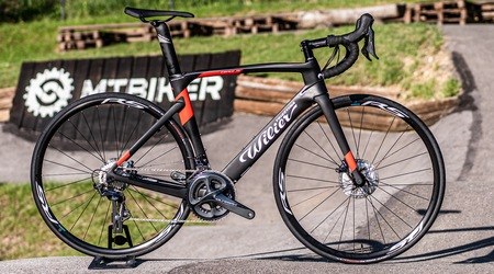 Unboxing: Wilier Cento1AIR Ultegra Disc - aero model z Talianska