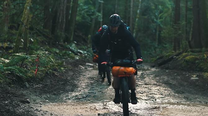 Video: Ako vyzerá bikepacking v Kanade?