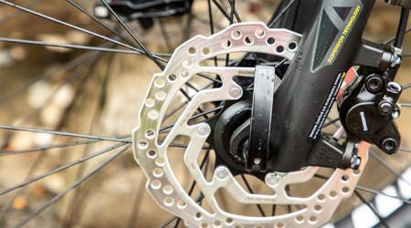 Video: Ako dať dole predné koleso bez boja