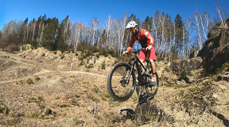 Video: Specialized Enduro 2020