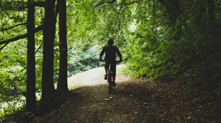 Video: Trail Biely Kríž - technické jazdenie v Bratislave