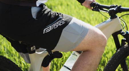 Video: Cyklistické nohavice - obtiahnuté alebo voľné?