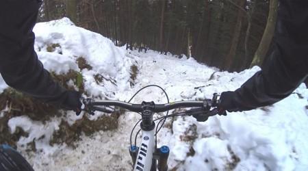 Zaujímavá zimná cesta - našťastie bez pádu