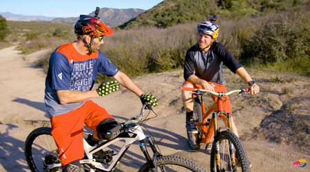 Video: Ako žije a trénuje Aaron Gwin?