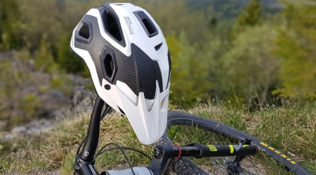 Test: Alpina Rootage – na divoký trail aj bežné výjazdy