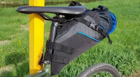 Test: BBB BSB-143 SEAT SIDEKICK - podsedlová kapsa na steroidoch