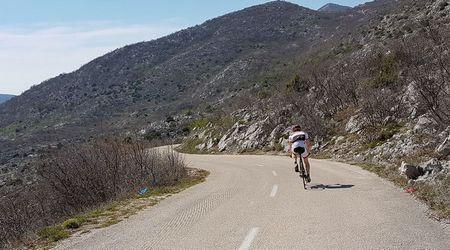 Doplnky pre cestnú cyklistu – zopár tipov na zaujímavé produkty