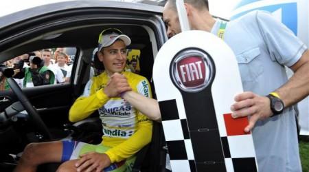 Sagan víťazné auto predá, alebo vyplatí kolegov z tímu