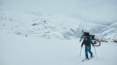 Video: Prechod cez Alpy s bicyklami – všetko bez podpory a vlastnou silou