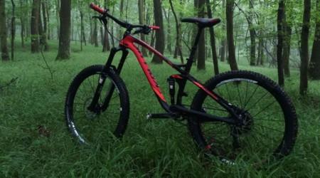Test: ERASER 90 od KELLYS - Bike, ktorý si zamilujú vyznávači AM, Trail aj XC