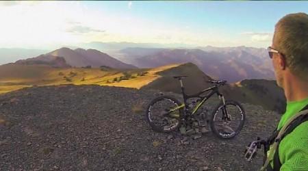 Jazdec + kamera + bike Ibis Mojo HDR 650B + singletrail