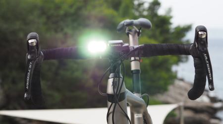 Test: Knog Blinder Road 600- predné svetlo pre všetky typy bicyklov
