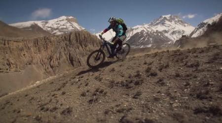 Bajkovanie v Nepále: Nádherné scenérie, ľudia a samozrejme aj horské cesty