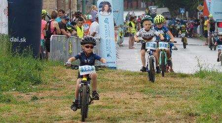 Reportáž: Cyklistické nádeje prvýkrát hostila Nová Dubnica