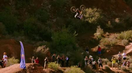 Najväčší pokus o front-flip v histórii horskej cyklistiky + riadna držka pri dopade