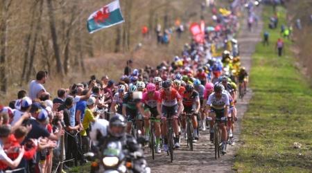 Paríž-Roubaix si treba ctiť – napríklad aj dojazdom po časovom limite