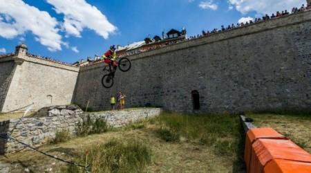 Filip Polc vyhral Briancon Urban DH a už o rok možno bude táto akcia aj v kalendári City Downhill World Tour 2016