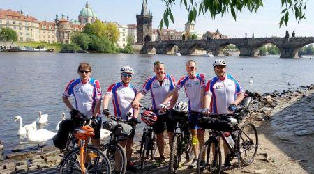 Tip na výlet: Tour de Prague alebo zPrahy do Hlohovca za 5 dní cestami-necestami