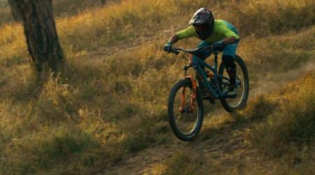 Video: RJ Ripper - najrýchlejší jazdec v Nepále