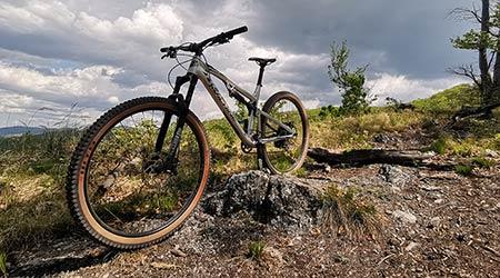 Test: Rock Machine Blizzard TRL 90-29 – horský bike takmer na všetko