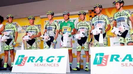 Sagan zajazdil vynikajúco 14. etapu a má už náskok 61 bodov v súboji o zelený dres, Frooma oblial divák močom, hnevá sa aj na novinárov