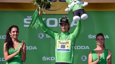 Nedeľná 15. etapa: Sagan nemá slov na to, čo sa stalo a aj tak ho po etape vyhlásili za najbojovnejšieho jazdca