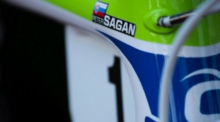 Peter Sagan druhý v Santa Barbare, vyhral špurt pelotónu