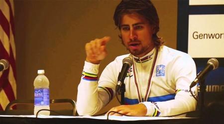 Ako novinári vytrápili Sagana kadejakými otázkami na tlačovej konferencii