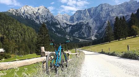 Malá ochutnávka Slovinska - a.k.a. s bicyklom na služobku č. 2