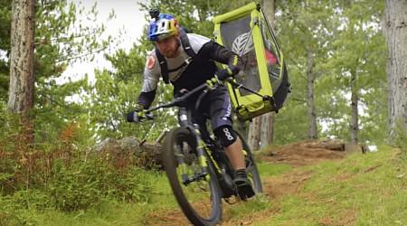 Video: Danny Macaskill vs. detský vozík