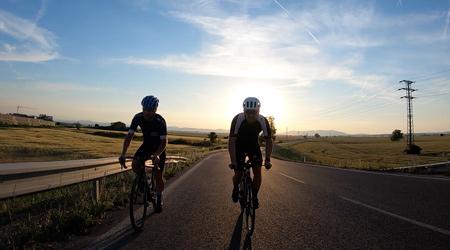 Vyberáme prvý cestný bicykel - 8 vecí, na ktoré sa zamerať