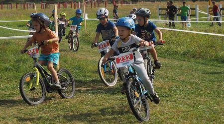 Detská tour Petra Sagana 9. kolo - mladí žokeji prevetrali svoje tátoše vTopoľčiankach