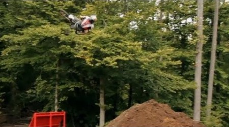 Pastrana try 360 Double Backflip on MTB