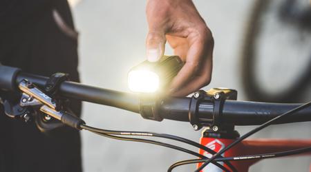 Bezpečnosť a jazda v noci – ponuka svetiel