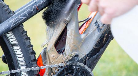 Video: Ako sa postarať o ebike po jazdení v zime a blate