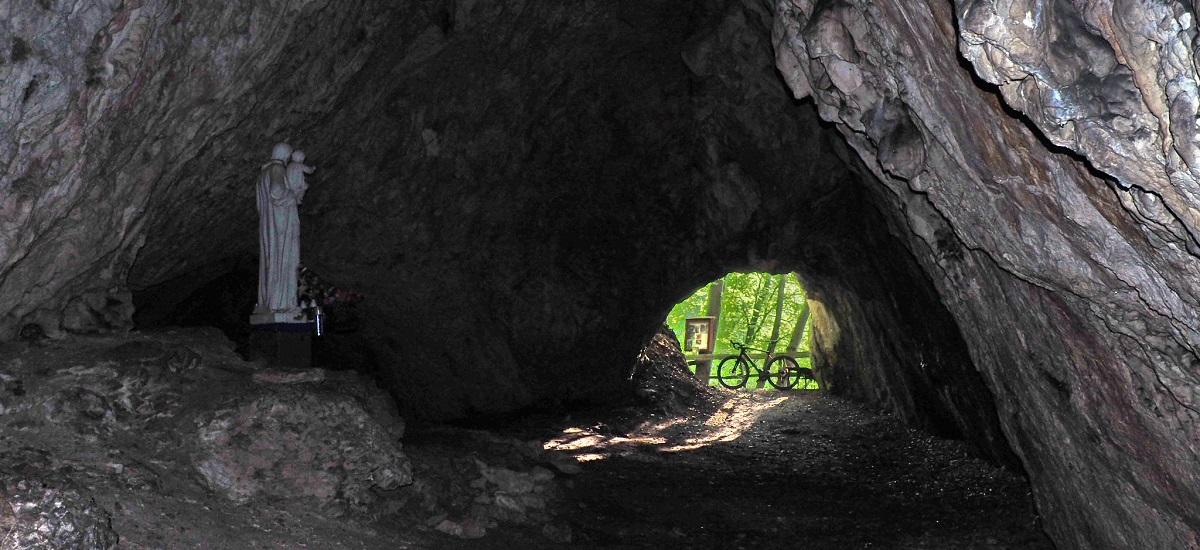 Zdroj: Tip na výlet: Po stopách Strážovských jaskýň