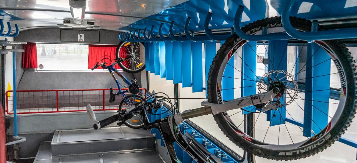 Malokarpatský expres – turistickým autobusom a s bicyklami do Malých Karpát