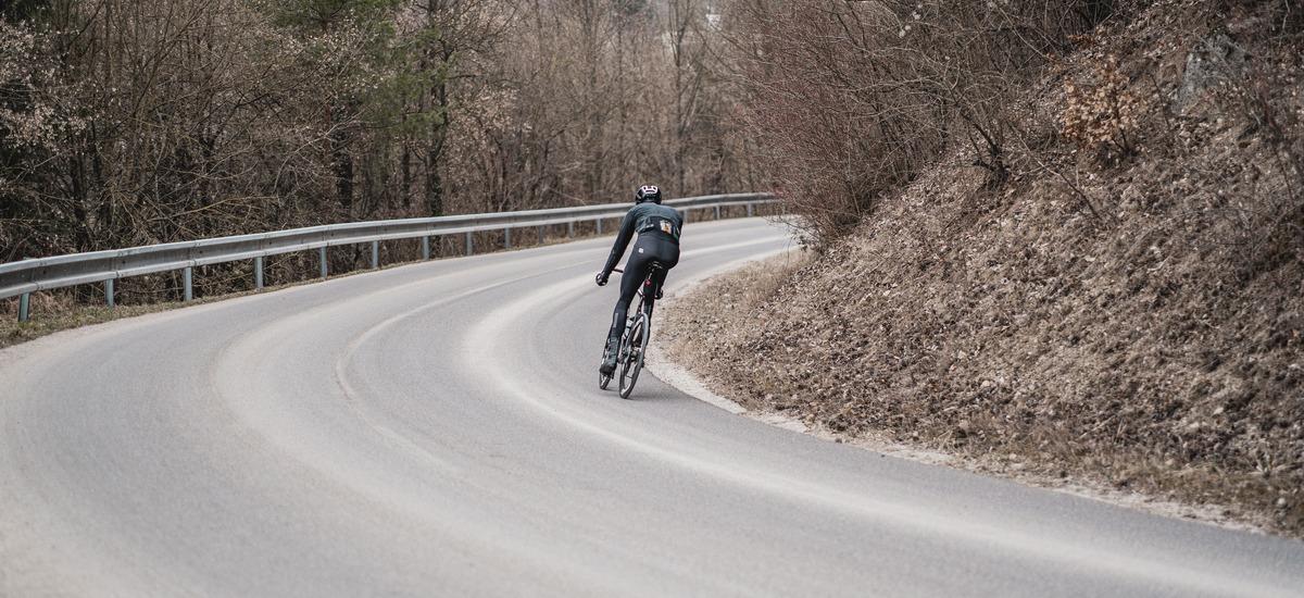 Aký drahý cestný bicykel kúpiť?