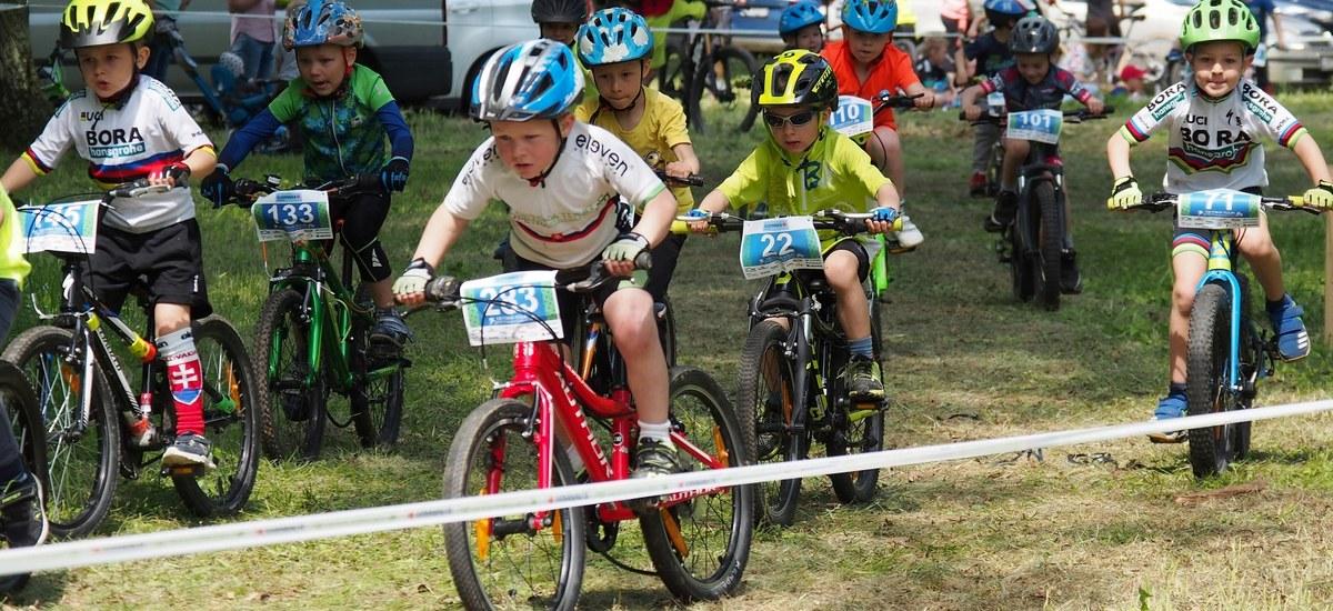 Reportáž: Napínavé súboje na Detskej Tour Petra Sagana
