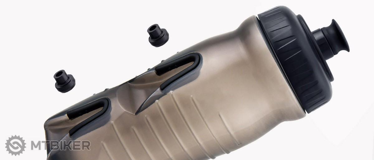 Fľaša na vodu alias bidon bez košíka - áno, ide to aj iným spôsobom