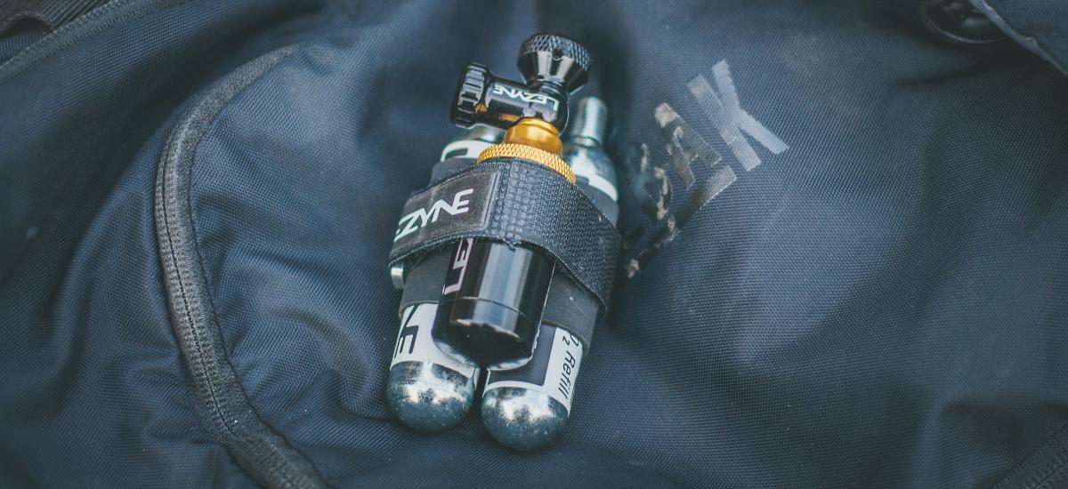 Test: Lezyne CO2 Tubeless blaster - prvá pomoc pri defekte tubeless systémov