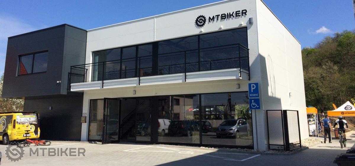 Hľadáme nových kolegov: Pracuj s produktmi kreatívnou formou alebo na marketingovom oddelení v MTBIKER centre