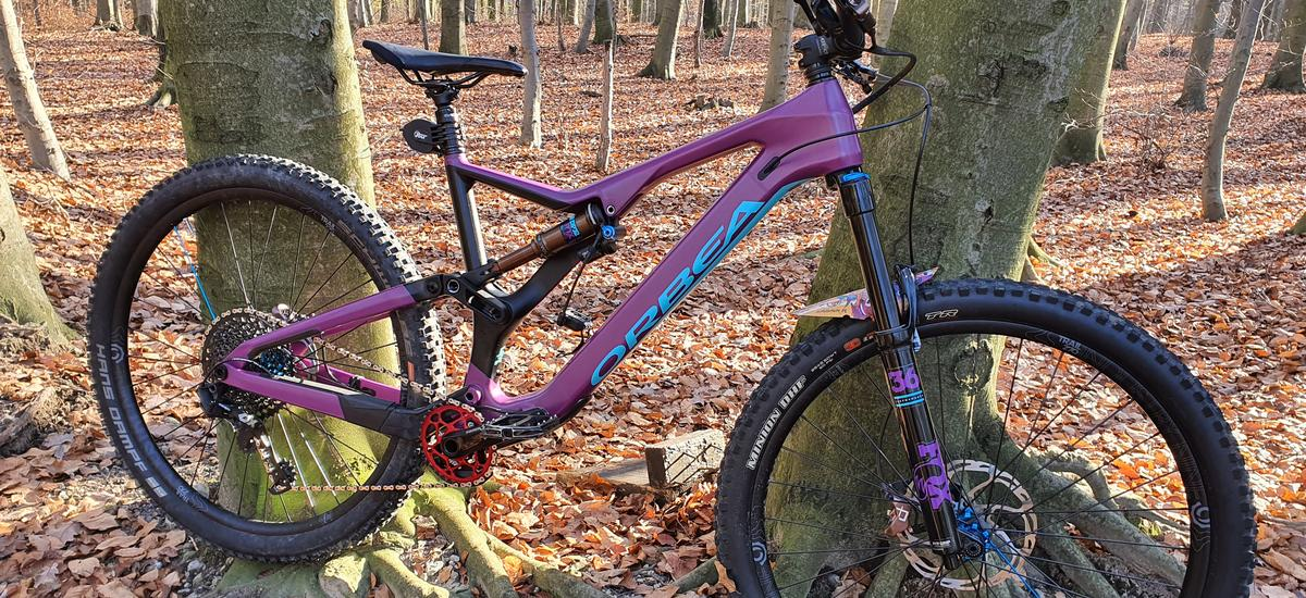 Ako pripraviť bicykel na jesenné či zimné jazdenie - mazanie a ochrana rámu